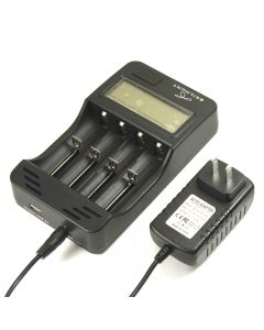 Skilhunt M4D Battery Charger  LCD Display for Liion/IMR/ Ni-MH and Ni-Cd rechargeable batteries